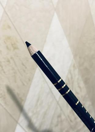 В наличии последний!! качественный мягенький карандаш