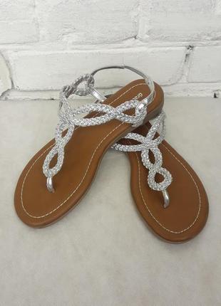 Босоножки вьетнамки шлепанцы сандалии graceland босоніжки вєтнамки шльопанці сандалі