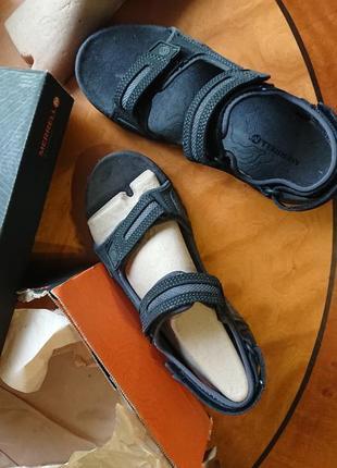Брендові фірмові босоніжки merrell,оригінал,нові в коробці,з сша,розмір 42.