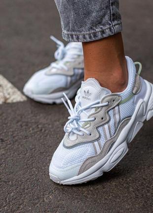 Женские кроссовки adidas ozweego white/grey, белый/серый премиум
