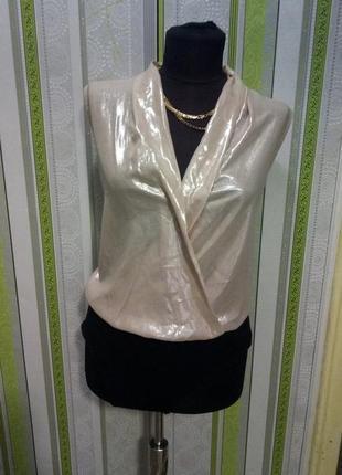 Красивая модная блуза боди