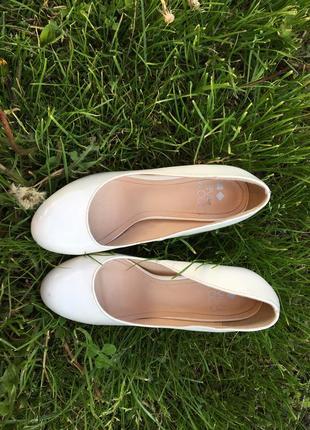 Туфли лодочки .свадебные туфли