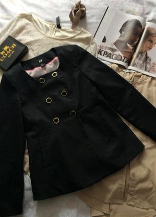 Пиджак жакет без воротника на пуговки