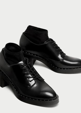 Классические туфли блюхеры оксфорды лоферы на низком квадратном каблучке зара zara