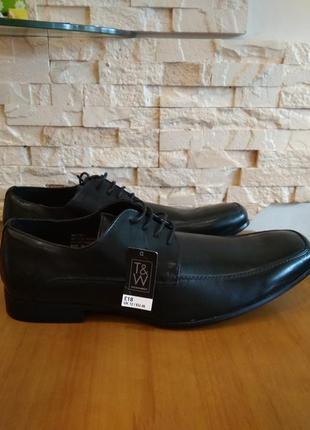 Новые фирменные туфли!р. 46 t&w