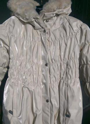 Шикарная зимняя куртка с искусственным мехом