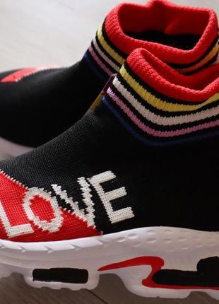 Детские кроссовки-носок