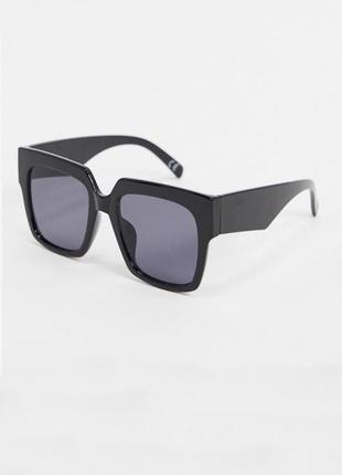 Asos квадратні сонцезахисні окуляри в стилі 70-х