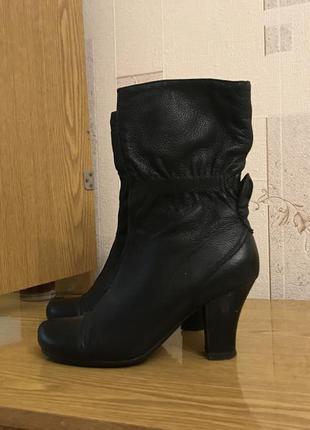 Крутые  ботинки 38