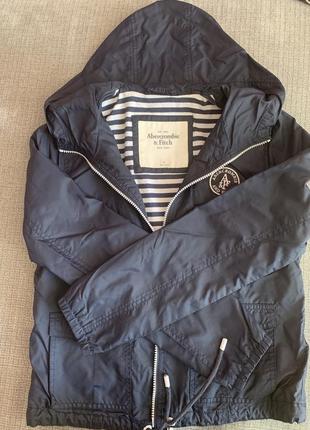 Куртка-вітрова «abercrombie & fitch»