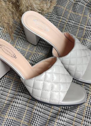 Шлепки/сабо/босоножки плетеные на широком каблуке