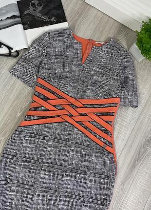 Платье кораловое белое черное в клетку с вырезом lasagrada