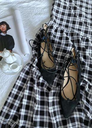 Нові трендові туфлі на завязках