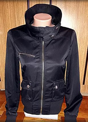 Котоновая куртка-ветровка  h&m.