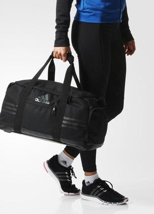 Орыгинальная спортивная вместительная сумка adidas 3 streifen