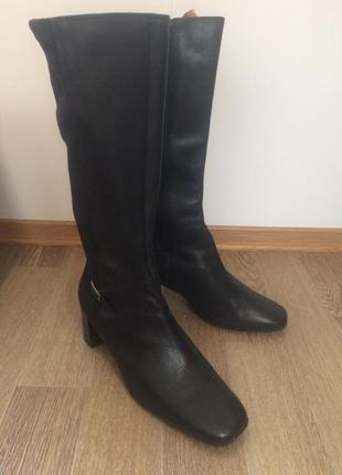 Кожаные демисезонные сапоги  footglove 39р 25см