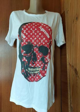 Новая трендовая удлиненная футболках белая с черепом