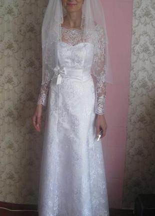 Платье свадебное, кружево+атлас