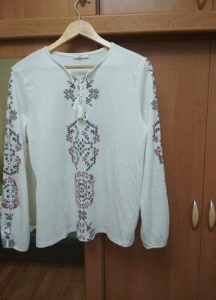 Продам белую блузку вышиванку lc waikiki (l)