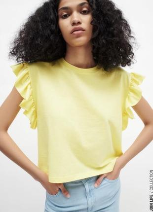 Zara жіноча футболка з воланами