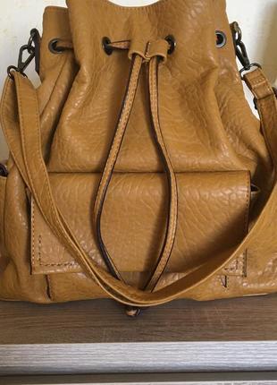 Сумка parfois, горчичная сумка из кожзама эко-кожи, стильная вместительная сумка мешок из экокожи
