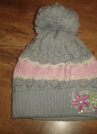 Демисезонная шапка на 7-10 лет