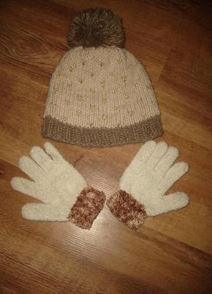 Теплая шапка на 7-10 лет