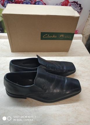 Туфли черные clarks р.42,5, полнота g, uk 8,5