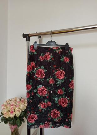 Стильная юбка карандаш в цветах