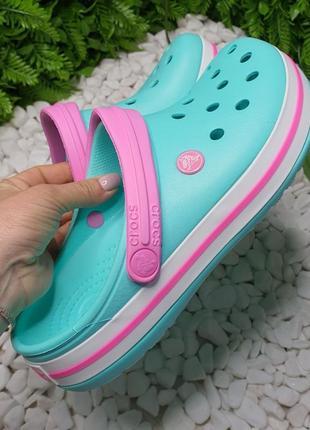 Кроксы женские мята с бледно малиновой розовой шлейкой сабо crocs