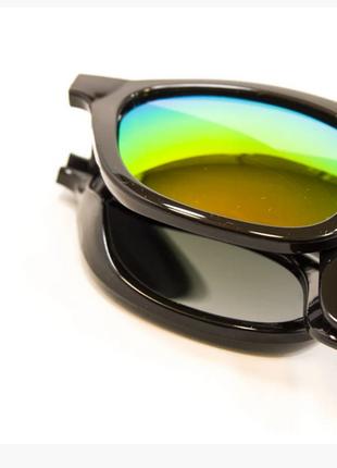 Солнцезащитные очки популярной формы с линзой uv400