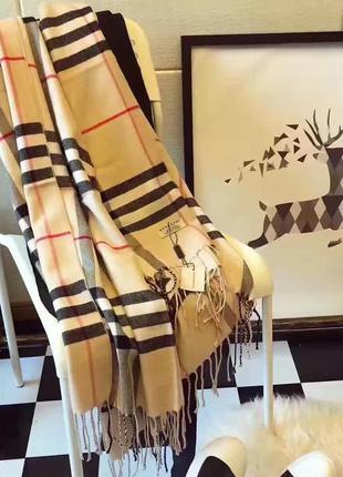 Модный брендовый аксессуар шарф