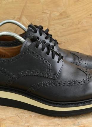 Оригинальные туфли prada full brogue