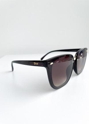 Солнцезащитные очки женские очки