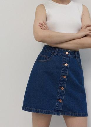 Джинсовая мини юбка на пуговицах юбка с пуговицами