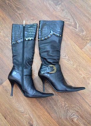 Женские кожаные демисезонные сапоги б/у 37 размер черные