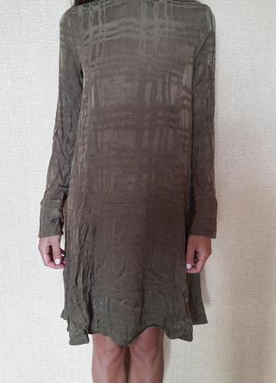 Платье хаки с длинным рукавом