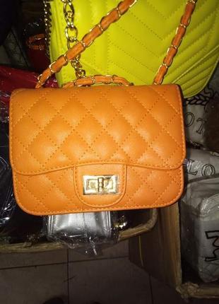 Яскрава сумочка на літо(замінник)