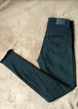 Крутые базовые джинсы levis высокая посадка, мом, слим