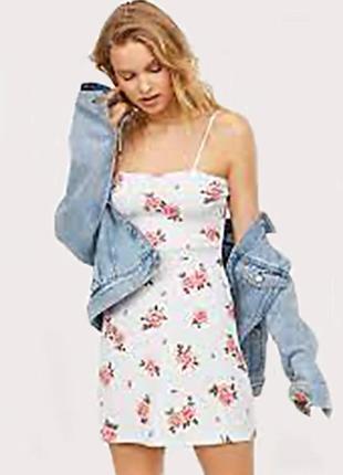 Оригинальное короткое платье от бренда h&m разм. 40