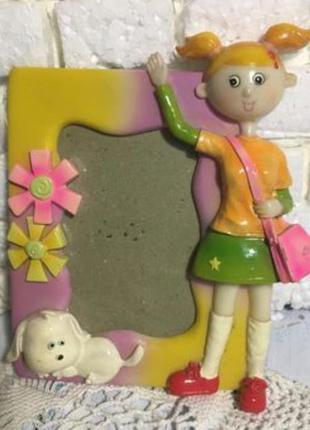 Рамочка для детской фотографии « девочка с песиком»
