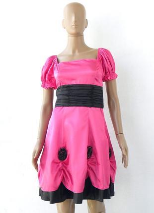 Яскраве плаття малинового кольору 42-48 розміри (36-42 євророзміри).