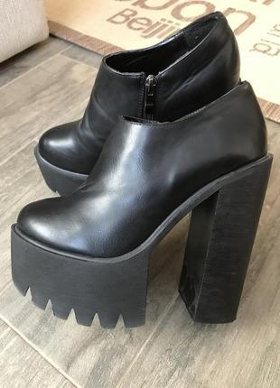Ботинки, ботинки на тракторной подошве, ботинки на каблуке, кожаные ботинки