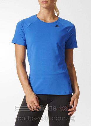 Спортивная женская футболка adidas