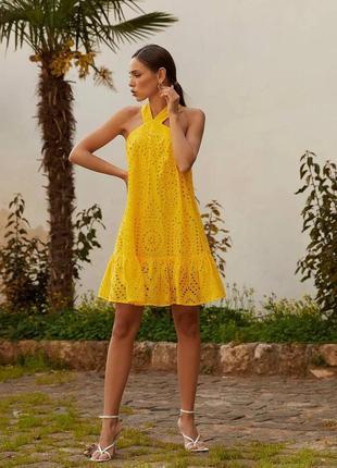 Женское желтое короткое платье мини яркое желтое