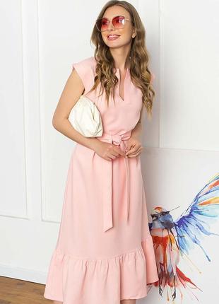 Платье  свободного силуэтабез рукавов с  рюшем по низу