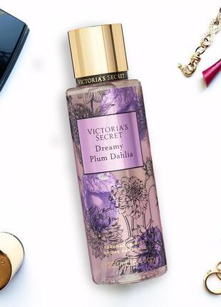 Парфюмированный спрей мист для тела victoria's secret. dreamy plum dahlia