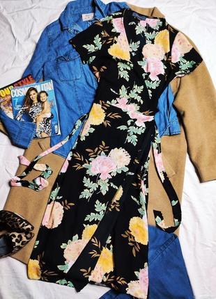 Primark платье чёрное в цветочный принт миди на запах с поясом оверсайз классическое