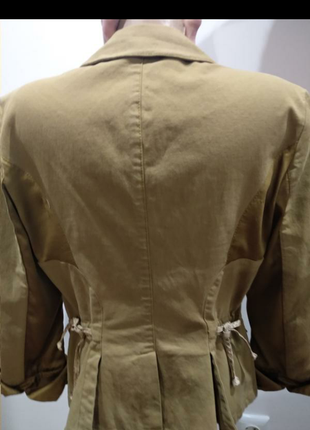 Пиджак девчачий  винтаж с  крокодиловыми и шелковыми  вставками, оригинал.2 фото