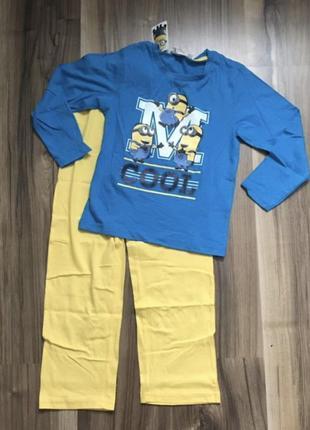 Пижама для мальчика с миньонами